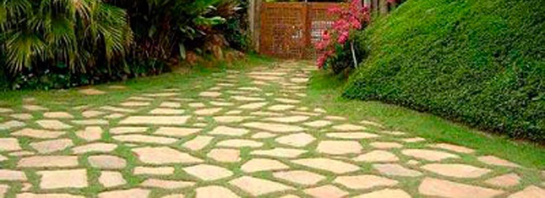 Piedra de resuelo copisal for Suelos de jardin
